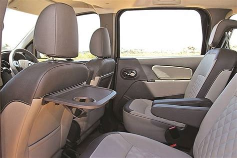 renault lodgy seating renault lodgy provides le comfort for all indiatoday