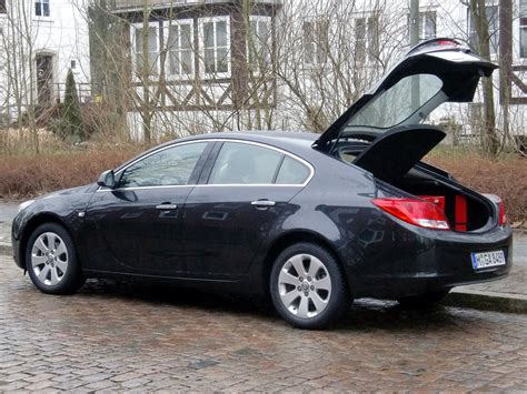 opel insignia trunk space opel astra wagon luggage capacity pictures to pin on