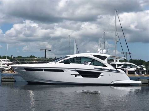 cruisers yachts cantius skipperbuds north point  skipperbuds