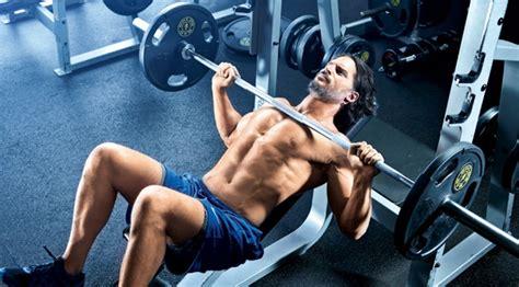 joe manganiello bench press joe manganiello s werewolf workout routine muscle fitness