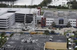 Miami Dade College Garage Collapse miami dade college construction worker killed and six