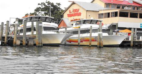 party boat fishing charters destin fl destin party boats