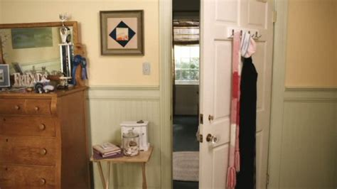 emily fields bedroom the houses on quot pretty little liars quot
