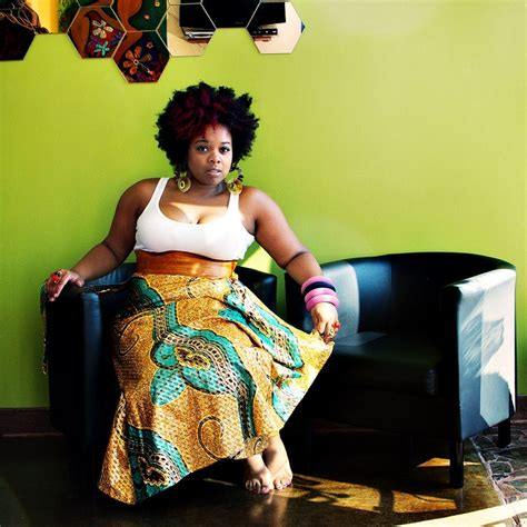 plus size african american ladie with one inch hairstyle big beautiful curvy real women real sizes with curves