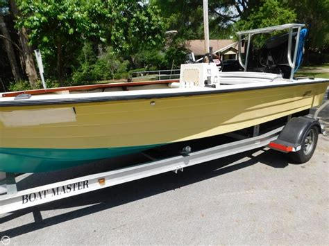 hewes boat sale 1976 used hewes 17 bonefisher flats fishing boat for sale