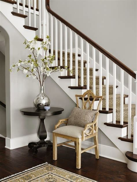 Foyer Paint Colors Benjamin by Best 25 Foyer Paint Colors Ideas On Foyer