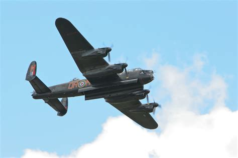 lincoln lancaster s 250 bor quot city of lincoln quot lancaster bbmf jpg wikip 233 dia