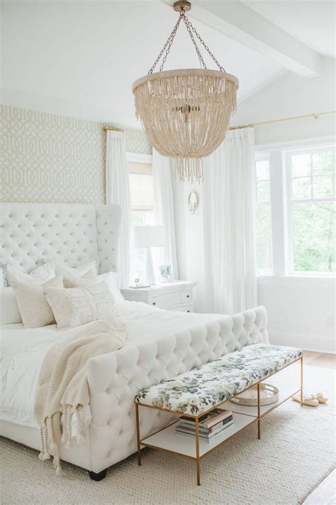 white bedroom ideas 25 best ideas about white bedrooms on white