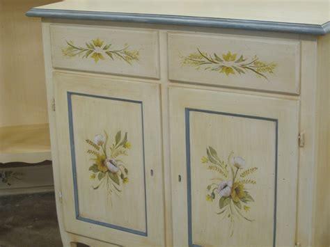 mobili decorati a mano mobili dipinti e decorati a mano falegnameriacococcia