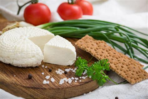 formaggio primo sale fatto in casa formaggio fatto in casa tutti i passaggi e i consigli utili