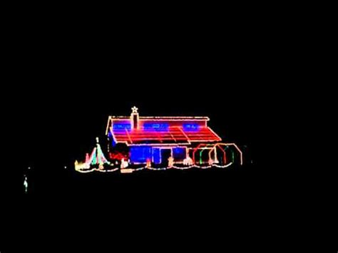 house with christmas lights to music house christmas lights dancing to music 1 youtube
