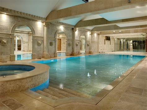 London indoor swimming pools with moving floor