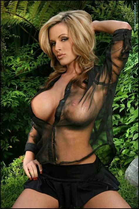 Pin By Brian Kuepferle On One Bad Chick Pinterest Gorgeous Blonde Blondes And Boobs