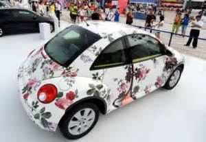 volkswagen beetle decorated floral bugs