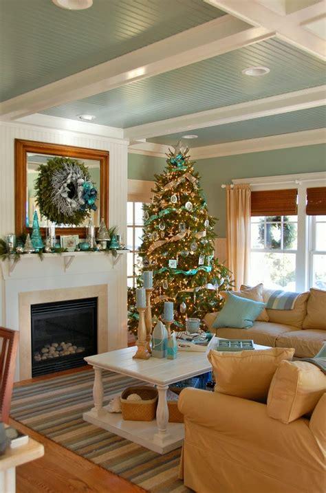 coastal christmas house  turquoise