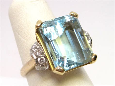 vintage 1950s platinum 14k gold aquamarine ring from