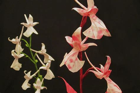 Beautiful Origami Flowers - 20 beautiful origami flowers that look almost like the