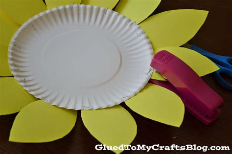 Paper Plate Sunflower Craft - sunflower kid craft