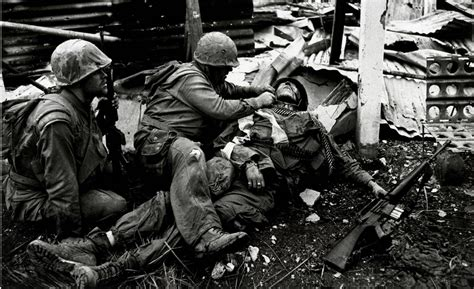 photographing the fallen a war photographer on the don mccullin quot the confession of a war