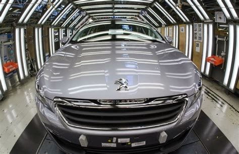 car maker peugeot carmaker reveals 427m euros in peugeot perks