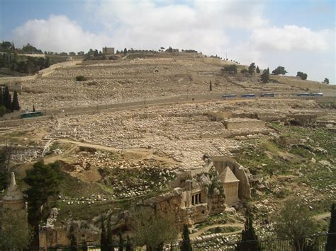 Lovely Valley View Church Of Christ #6: JERUSALEM_Mount_of_Olives_Cemetery.JPG
