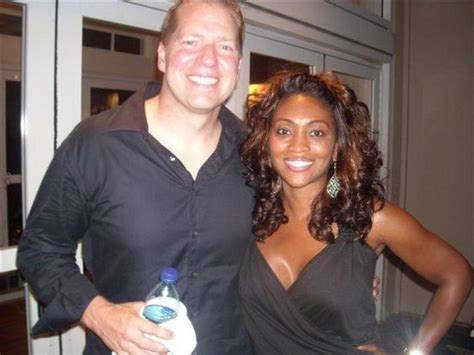 white actors with black wives or girlfriends comedian gary owen and wife kenya as a white guy married