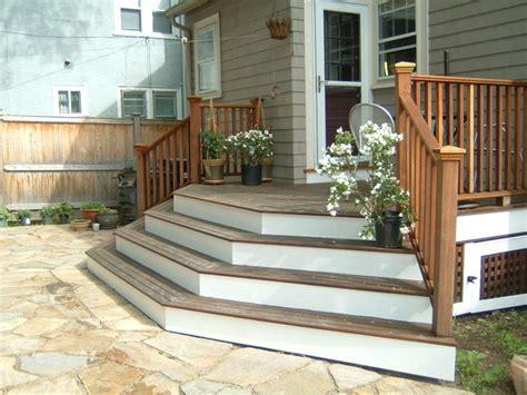 veranda treppe gartentreppe holz gartenideen mit treppen