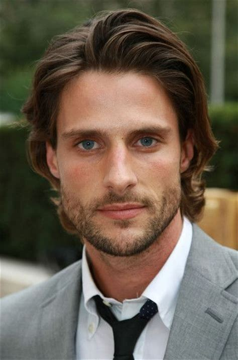 men longish hair popular medium length hairstyles for men the fashion