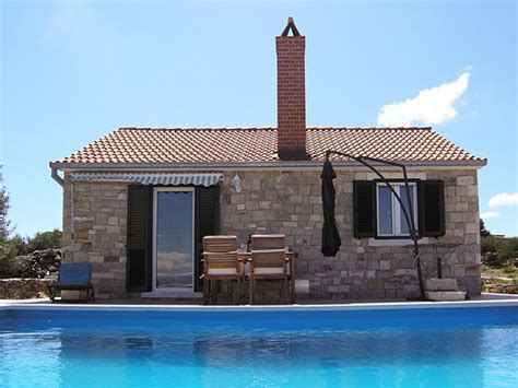 Island In A Small Kitchen Dalmatian Stone House For Rent In Postira On Brač Island