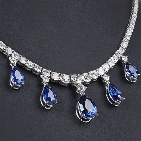 brassi 232 re au point fantaisie par le blog de la malle trsor de sylvie bijoux cache cache collier rivire or diamants et saphirs 2017010019 bijoux fantaisie mariage