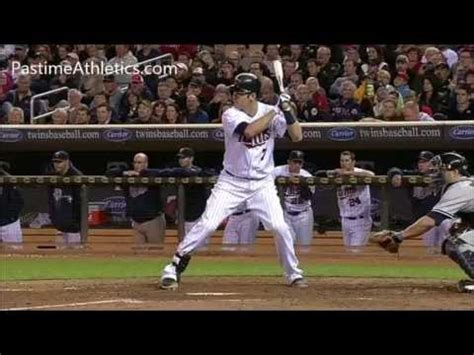 joe mauer swing joe mauer baseball swing mechanics slow motion hitting