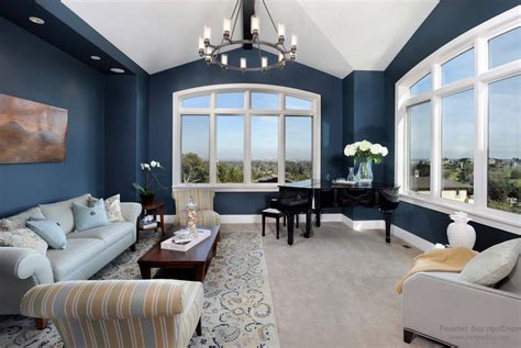 Navy And White Chair Design Ideas синий и голубой цвета в интерьере гостиной кухни спальне и ванной