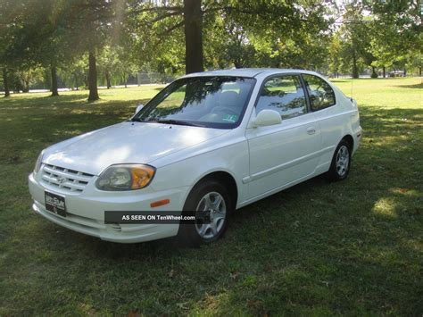 hyundai 2005 accent 2005 hyundai accent gls hatchback 3 door 1 6l