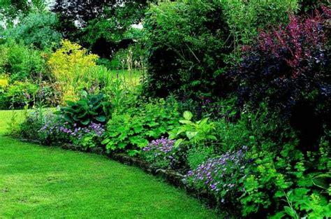 Shade Garden Ideas Shade Garden Jpg 628 215 416 Pixels St Francis Shade Garden Shades And Gardens