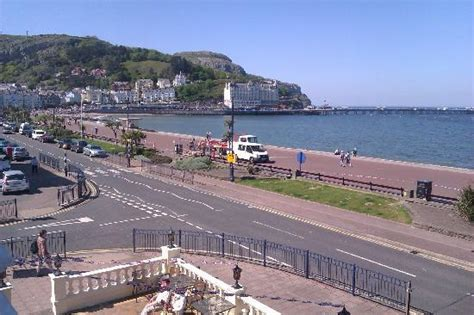house hotel llandudno the pier picture of chatsworth house hotel llandudno