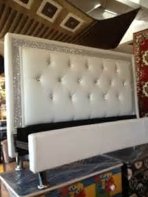 white leather tufted headboard jazz bedroom