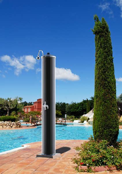 csa docce doccia esterna con pannello solare gruppo csa s p a