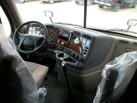 Freightliner Truck Interior by Freightliner Cascadia Day Cab