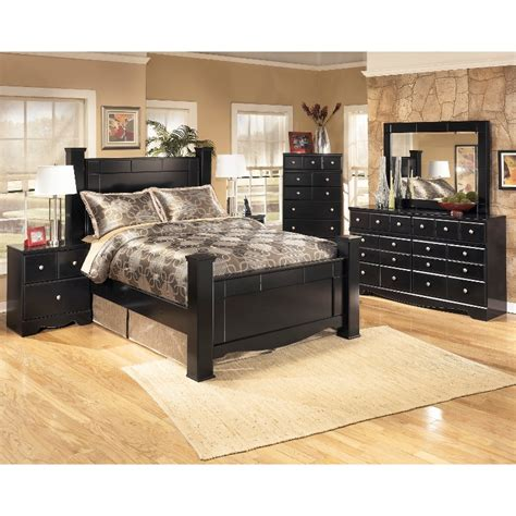 Shay Bedroom Set by Shay Black 6 Bedroom Set