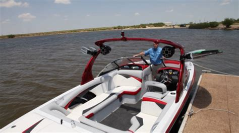 wake boat docking tig 233 rz4 2011 2011 reviews performance compare price