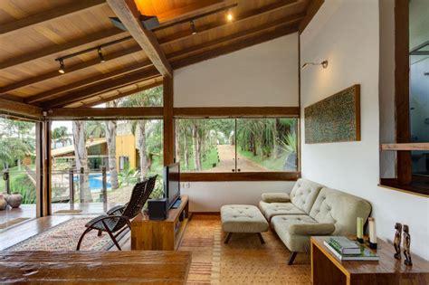 Brazilian Interior Design by Casa De Campo Moderna De Tirar O F 244 Lego Limaonagua
