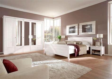 schlafzimmer braun beige wei 223 e m 246 bel rheumri - Braune Möbel Schlafzimmer