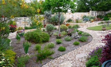 acqua giardino giardino eco friendly ecco come risparmiare acqua e soldi