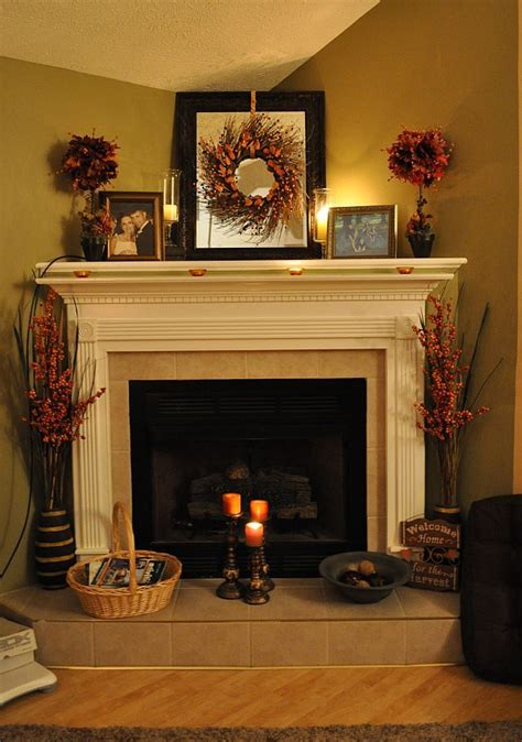 chimney decoration ideas 25 best ideas about fall fireplace decor on pinterest