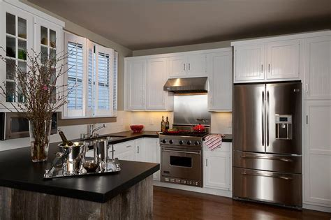 Kitchen Cabinets With White Trim by White Cabinets Wood Trim