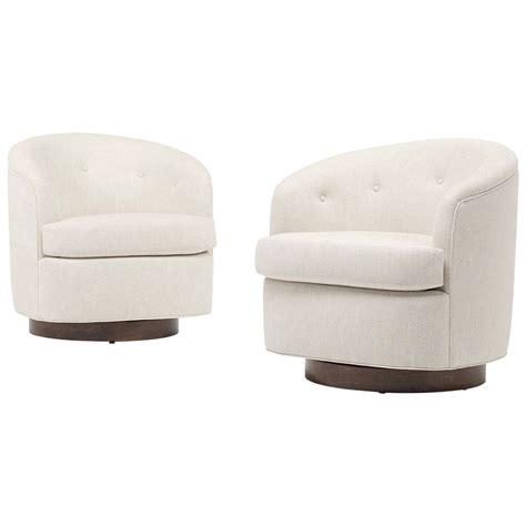 Modern Swivel Lounge Chairs Pair At 1stdibs Swivel Modern Chairs