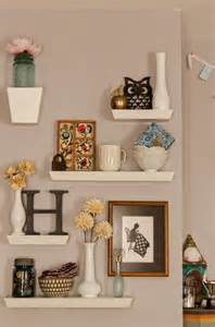 how to decorate a wall shelf 25 best ideas about floating wall shelves on pinterest