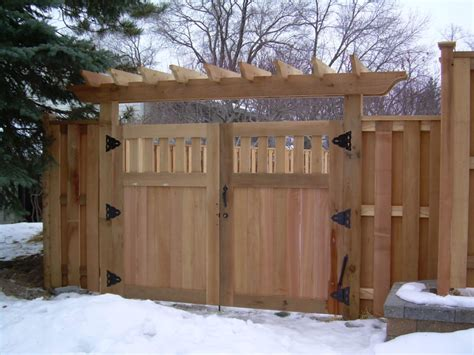 Wood Fence With Trellis Drive Gate With Trellis Dakotaunlimited