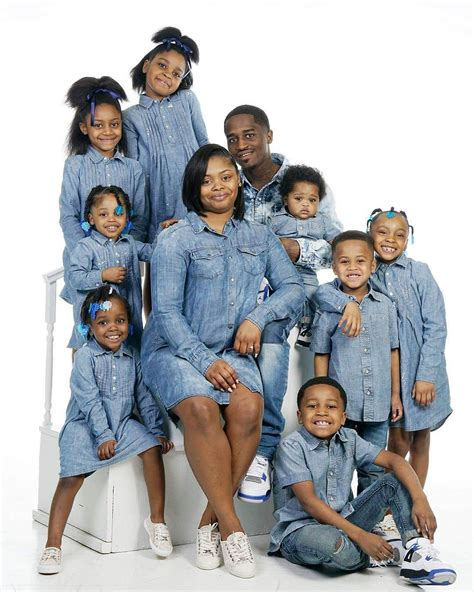 beautiful family photo of beautiful family of 8 children family nigeria