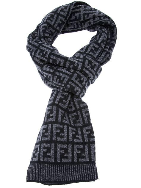 fendi logo print knit scarf in gray for black lyst